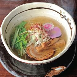 【眼福ラーメン】 大阪・北新地「新地らー麺 近松」