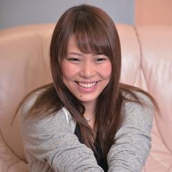 生駒はるな「ナマ搾りインタビュー100%H果汁」Vol.2 14歳の初体験はホコリだらけの神社のお堂で(笑)