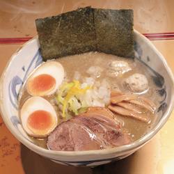 【眼福ラーメン】 東京・北千住「麺屋 音」