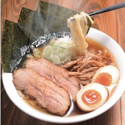 【眼福ラーメン】 東京・東小金井「くじら食堂」