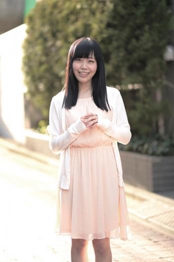 尾崎ののか ナマ搾りインタビュー100%H果汁」Vol.1 旦那がAV女優の広告を見つけてきて