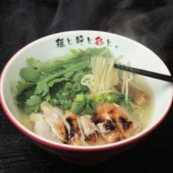 【眼福ラーメン】 大阪・昭和町「麺屋彩々 昭和町本店」