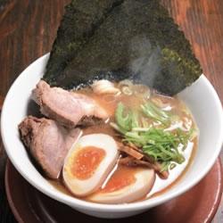 【眼福ラーメン】 東京・池袋「創新麺庵 生粋 池袋本店」