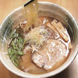 【眼福ラーメン】 東京・新宿「焼きあご塩らー麺 たかはし」