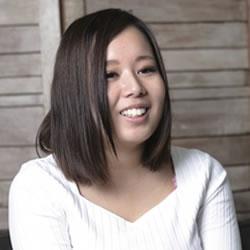 塚田詩織 ナマ搾りインタビュー100%H果汁」Vol.2 セックスが見つかって漫画喫茶を出入り禁止…