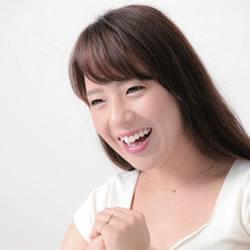 三島奈津子 ナマ搾りインタビュー100%H果汁」Vol.2 デビュー作では初めて潮を吹いてビチャビチャに(笑)