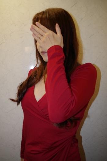 ふ~ぞく探偵ハラ・ショーが行く 報告書No.138 新橋・オナクラ&手コキ 勃起したチ○コが大好物 42歳「パーフェクト美人妻」のドエロプレイが止まらない!