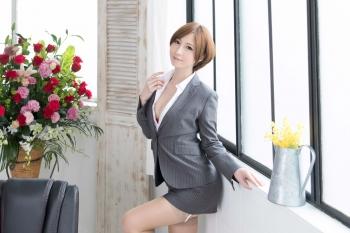 吉原・ソープランド「秘書室」 採用基準はルックスとプロポーション!圧巻の美貌!スーツの脱がせば…