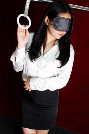 上野「いたずら痴漢電車in上野」 無料オプションで吊り革につかまった美女に、前から後ろから…妄想プレイを実際に!