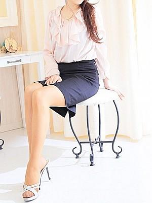 札幌・出張エステ「人妻さんの出張マッサージ」 美貌とホスピタリティあふれる熟女が卓越したテクニックで導くフィニッシュ!