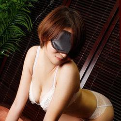 上野・ホテヘル「全裸の女神」 部屋に招くと即全裸!即キス、即尺、スタートから全開モード!