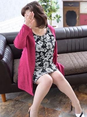 大阪日本橋・人妻デリヘル「日本橋熟女咲裸」 奥様の奔放なスケベ心とおもてなし、テクニックも一級品!