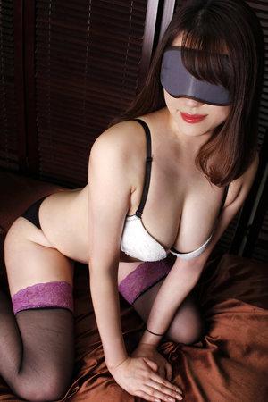 上野・ホテヘル「全裸の女神」 コートの下は…即Dキス・即尺…濃厚密着プレイが始まる…