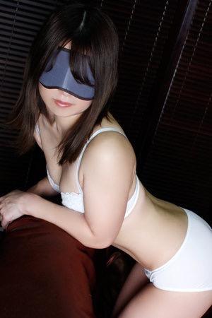 上野・ホテヘル「全裸の女神」 即ディープキス!即フェラ!距離感0からの濃厚プレイ!オリジナル割引プランをご用意!