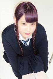 笑顔がとっても可愛い、激カワ☆色白敏感美少女【三好(みよし)